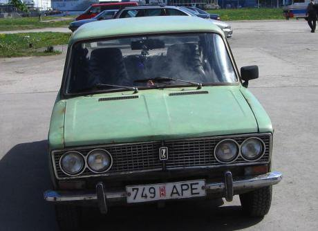 A green Lada Riva, similar to the one driven by the alleged killers.