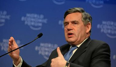 1200px-Gordon_Brown_-_World_Economic_Forum_Annual_Meeting_Davos_2009.jpg