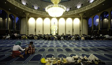 A Friday prayer at the Central London mosque. Demotix/Piero Cruciatti. All rights reserved.