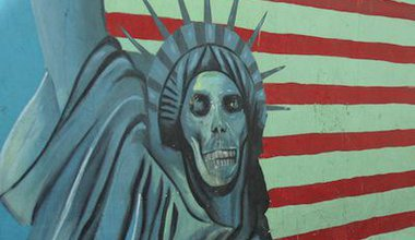 Anti-American mural adorning the former US embassy, Tehran. Demotix/Phil McElhinney. All rights reserved.