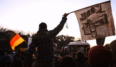 Protesters oppose a far right rally in Berlin. Demotix/Thorsten Strasas. All rights reserved.