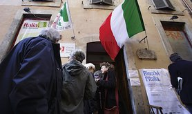 Primary elections of Italy's Center-Left parties in Italy. Demotix/Eidon. All rights reserved.
