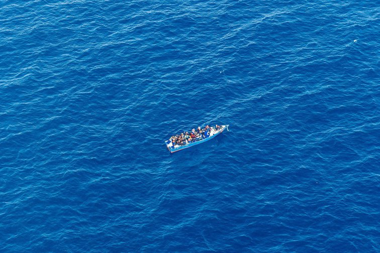 Sea-Watch/Moonbird [Vessel carrying approx. 20 people in distress, intercepted by Libyan Coastguards 10/04/2019]