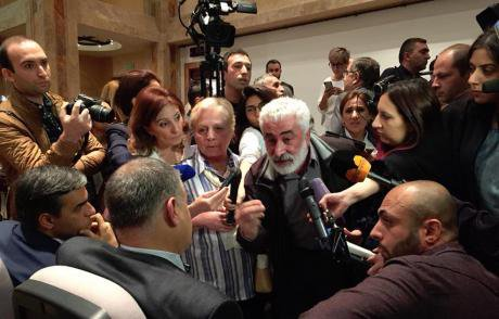 2. Groups opposing the law hijacking the first public hearing_Lara Aharonyan.jpg