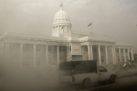 Colombo's Municipal Council, as Sri Lanka fumigates to contain Dengue Fever. Demotix/Tharaka Ruwansiri. All rights reserved.