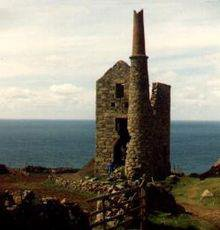 220px-Ruined_Cornish_tin_mine.jpeg
