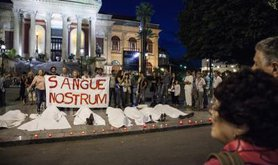 Protest against Immigrant Deaths in Lampedusa / Antonio Melita