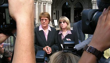 3.High_Court_London_2006_S&C_media.jpg