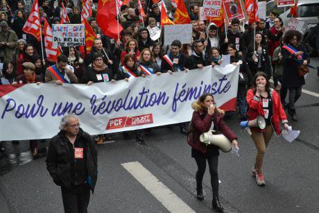 Women's rights demonstration in Paris 2017.