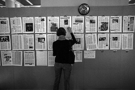 Putting the Gazeta Wyborcza together in Warsaw, Poland. Flickr/Marius Kucharczyk. Some rights reserved.