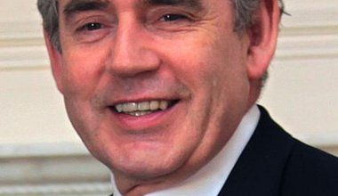 420px-GordonBrown1234_cropped_.jpg