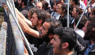 Soma mine disaster protests at Soma Holding head office