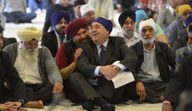First Minister Salmond visits Scottish Sikh community
