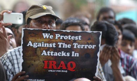 Indian Shiite Muslims protest against conflict in Iraq, June 2014.