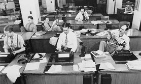 634px-The_New_York_Times_newsroom_1942.jpg
