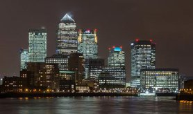 640px-Canary_Wharf_Skyline_2,_London_UK_-_Oct_2012.jpg