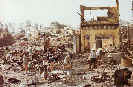640px-Cholon_after_Tet_Offensive_operations_1968.jpg