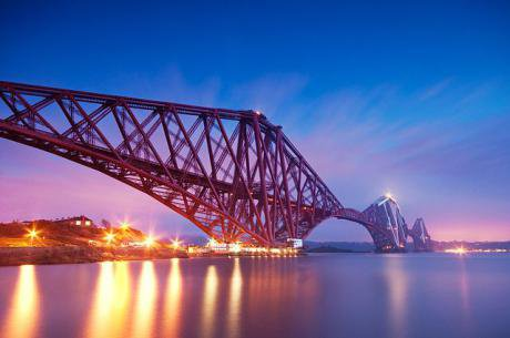 640px-Forth_bridge_evening_long_exposure.jpeg