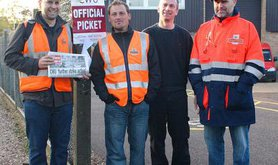 655px-Striking_postmen_at_the_Royal_Mail_Bowthorpe_depot_in_2009_0.jpg