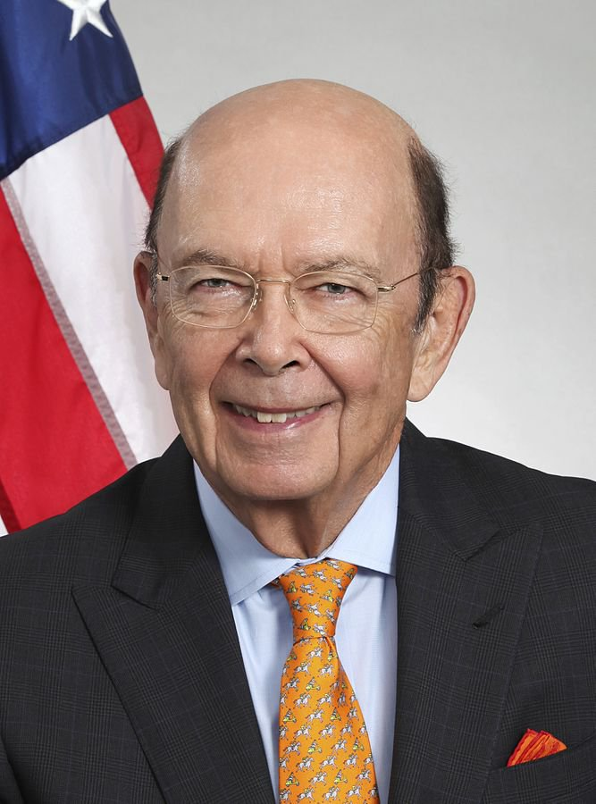 667px-Wilbur_Ross_Official_Portrait_cropped.jpg