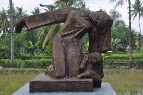 A My Lai memorial. Claudia Schillinger/Flickr. Some rights reserved.