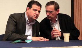 Ayman Odeh talks to Dov Khenin, March 2015.