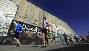 Bethlehem marathon. Mahmoud Illean/Demotix. All rights reserved.