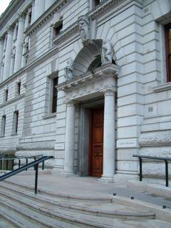 768px-HM_Treasury_east_entrance.jpg