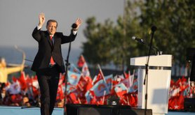 Erdogan at huge AKP election rally, Istanbul, May 30,2015.