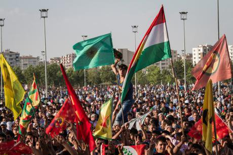 Celebrations in Diyarbakir for the victory of the HDP.