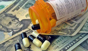 8-AGITATOR-111208-THE-BIG-PHARMA-Images_of_money-336x176.jpg