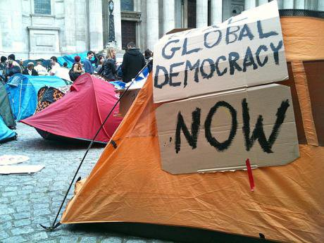 800px-Occupy_London_Tent.jpg