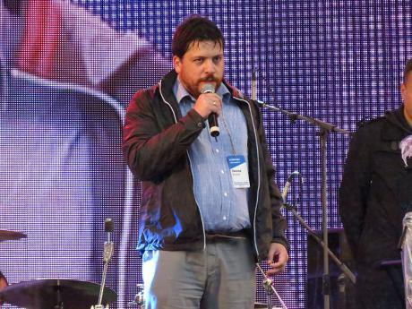 Leonid Volkov at a 2013 concert in support of Alexei Navalny. putnik / WikiCommons. Some rights reserved.