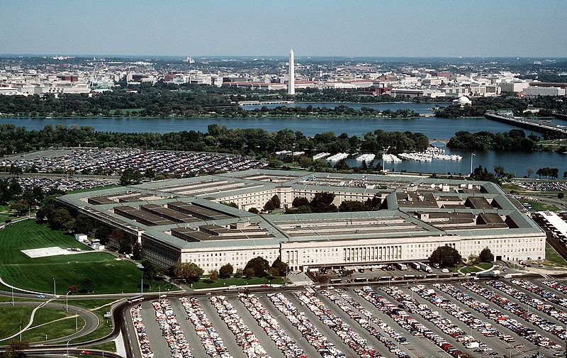 800px-The_Pentagon_US_Department_of_Defense_building.jpg