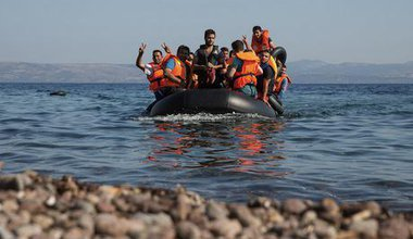 Syrian refugees arrive on Lesbos. Demotix/Björn Kietzmann. All rights reserved.