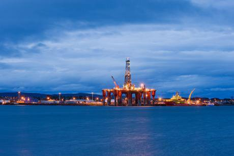 Three ways the fossil fuel industry influences the UK