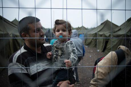 Refugees stuck between Hungary and Serbia (Demotix/Geovien So)