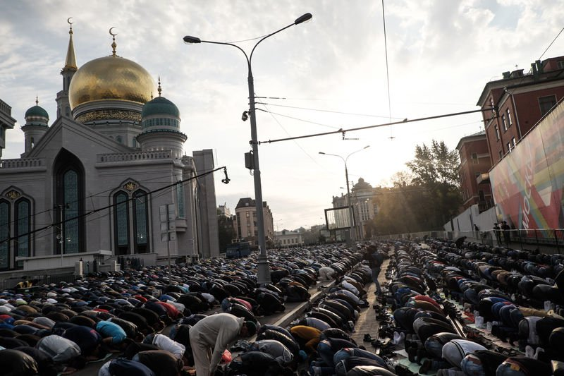 Living in Islam: Russian Muslims tell their stories