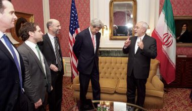 John Kerry meets with UN Special Envoy for Syria and Iranian Foreign Minister ahead of the Vienna summit, October 29