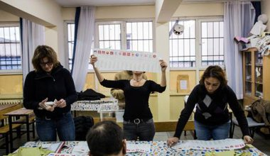 Vote counting November 1, Istanbul.