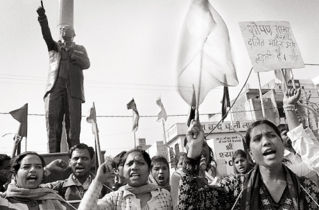 9. Alf Nilsen, Creative Commons- Copyleft, Dalit women protesting in front of Ambedkar's statue.png