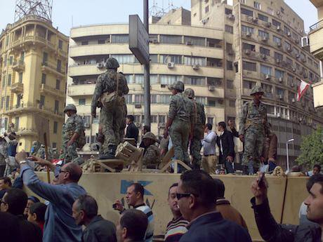 Army_Truck_and_Soldiers_in_Tahrir_Square,_Cairo.jpeg