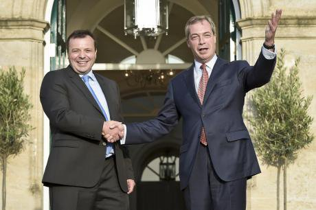 Arron Banks Nigel Farage.jpg