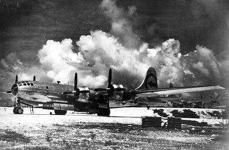 Boeing B-29 'Enola Gay'. U.S. Air Force:Flickr. Public Domain_0.jpg