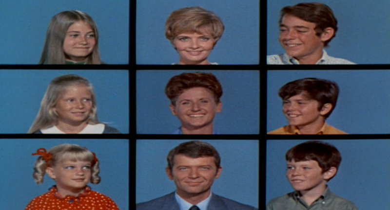 Mom, pop, housekeeper and six kids: 'The Brady Bunch'