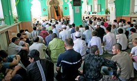 Burnayev mosque prayer