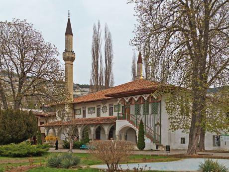 CC A Savin 2014 - Grand Mosque of Khans Palace - Bakhchisaray Crimea.jpg
