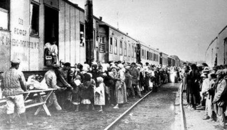 Chechen_Deportation_in_1944.jpg