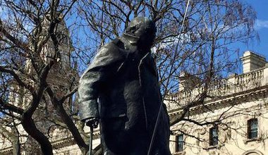 Churchill Parliament Sq.jpg
