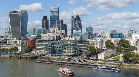 City_of_London_skyline_from_London_City_Hall_-_Sept_2015_-_Crop_Aligned.jpeg